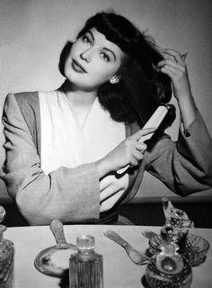 Ahhh, Ava Gardner....1940s