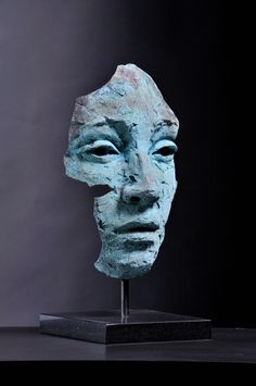 Lionel Smit is a South African painter and sculptor best known for his contemporary portraiture executed through monumental canvases and sculpture. Sculpture Head, Sculptures Céramiques, Modern Sculpture, Modern Art, Contemporary Art, Ceramic Sculpture Figurative, Ceramic Art, Art Inspo, Art Drawings