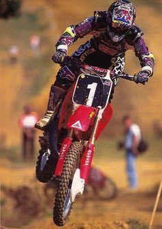 30 Greatest AMA Motocrossers: Doug Henry - Racer X Online Kawasaki Dirt Bikes, Honda Bikes, Honda Motorcycles, Mx Bikes, Vintage Motocross, Vintage Motorcycles, Motocross Stickers, Dirt Bike Tattoo, Dirt Bikes For Sale
