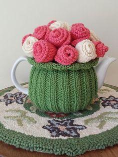 Free knitting pattern for Rosy Posy Tea Cozy