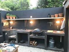 30 Insanely Smart DIY Kitchen Storage Ideas – Best Home Ideas and Inspiration If you have the space in your yard, check out the outdoor kitchen ideas total with bars, seating areas, storage space, as well as grills. Outdoor Kitchen Bars, Backyard Kitchen, Summer Kitchen, Outdoor Kitchen Design, Kitchen Decor, Outdoor Cooking Area, Cozy Kitchen, Backyard Bbq, Out Door Kitchen Ideas