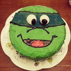 TMNT turtle face cake buttercream and gel decorations