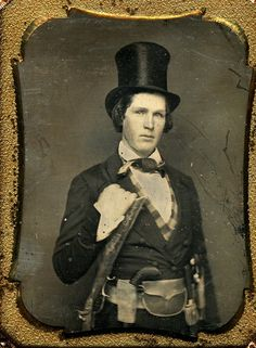 1/4 Plate Daguerreotype of fully armed gent, with Kentucky rifle and Pepperbox pistol. Knife and other things tucked in his belt. *s*