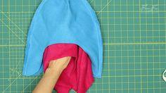 Fleece Hat with Ear Flaps Pattern (free) with tutorial ♥ Fleece Fun Fleece Hat Pattern, Baby Booties Free Pattern, Hat Patterns To Sew, Sewing Patterns, Crochet Patterns, Crochet Headband Free, Crochet Baby Boy Hat, Crochet Baby Booties, Fleece Projects