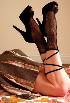 Lace-up Small Net Ankle Socks