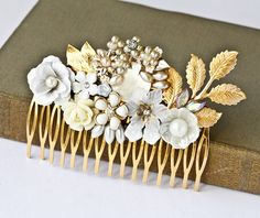 Mother of Pearl Vintage Collage Comb