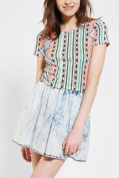 Glamorous Printed Cropped Top #UrbanOutfitters