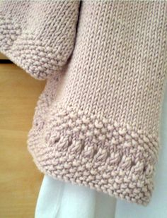 Share Knit and Crochet: Knitting cardigan for little girls Knitting Wool, Knitting For Kids, Baby Knitting Patterns, Free Knitting, Knitting Projects, Crochet Baby, Knit Crochet, Knit Baby Sweaters, Knit Picks