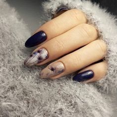 Accurate nails, Almond-shaped nails, Autumn gel polish for nails, Autumn nails, Autumn nails with a pattern, Beautiful autumn nails, Fall nails 2016, Fall nails ideas
