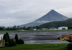 Mt.Mayon in Legaspi #perfectcone - view from the Airport 📷