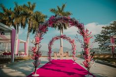 Simple & DIY Decor Ideas for your Mehendi/Haldi function at Home. With Backdrops and Flowers, We have so many Ideas for you.#shaadisaga #indianwedding #mehendidecorideas #mehendidecorideasathome #mehendidecorideassimple #mehendidecorideasoutdoor #mehendidecorideasbackdrops #mehendidecorideasdiy #mehendidecorideasathometerrace #mehendidecorideasathomesimplediy #mehendidecorideassatgedecorations #mehendidecorideasbackdropphotobooths Mehendi Decor Ideas, Mehndi Decor, Wedding Blog, Diy Wedding, Wedding Flowers, Haldi Function, Pink Wedding Decorations, Minimal Wedding, Simple Diy