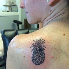 63 Amazing Pineapple Tattoo Idea For People Who Are Ticklish On The Outside