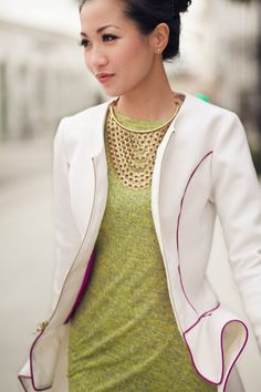 Love the colours  +  the Necklace