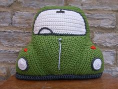 My new crocheted Beetle Cushion - based on the classic VW Bug :) Crochet Car, Crochet Cushions, Crochet Pillow, Crochet Home, Learn To Crochet, Cute Crochet, Crochet Crafts, Crochet Projects, Crochet Toys Patterns