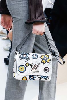 Louis Vuitton Fall 2015 Ready-to-Wear - Details - Gallery - Style.com