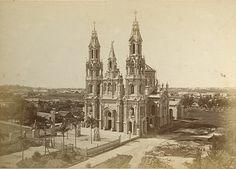 Fotografía de época de la fundación de la iglesia de Santa Felicitas de Barracas, año 1879.