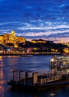 Make your holiday celebration EXTRA special by hopping from one European Christmas market to the next on an amazing river cruise with AmaWaterways! via http://iAmAileen.com/amawaterways-river-cruise-european-christmas-markets/ #ad @amawaterways #cruise #rivercruise #christmasmarket #christmas