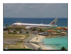 Flying Into St. Marteen