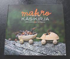 Lasituvan Miniatyyrit - Lasitupa Miniatures: Katin kirjanurkka - Makrokuvauksen käsikirja