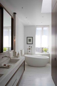 modern_bathroom_by_david_howell
