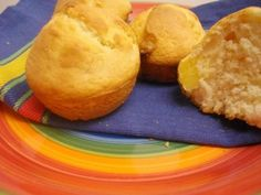 whitechocolatepineapplemuffins2
