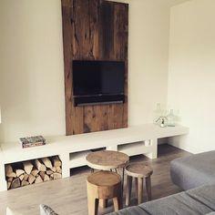 Must have: poefjes en krukjes New Living Room, Home And Living, Living Room Decor, Rustic Bedroom Design, Happy New Home, Home Decor Inspiration, Country Decor, Sweet Home, New Homes