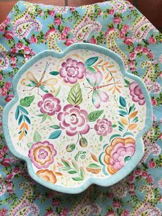 Gold Standard Porcelain China Value Refferal: 4614497756 Painted Plates, Hand Painted Ceramics, Porcelain Ceramics, Ceramic Plates, China Porcelain, Ceramic Pottery, Pottery Painting, Ceramic Painting, China Clay