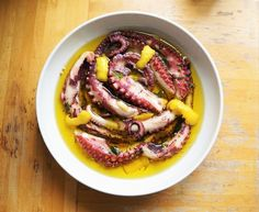 How to cook octopus so it remains tender and delicious, this is my octopus recipe, braised and then ready to grill, BBQ, fry or just eat!