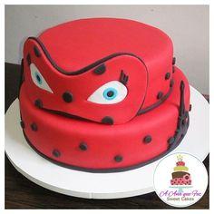 Bolo Ladybug  #bololadybug #bolomiraculous #miraculous #ladybugcake #miraculouscake #anaquefez #anaquefezsweetcakes