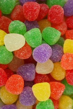 Gum Drops - and their nasty cousin (in my opinion), spice drops Food Wallpaper, Colorful Wallpaper, Snake Wallpaper, Candy Background, Candy Photography, Rainbow Food, Sour Candy, Gum Drops, Colorful Candy