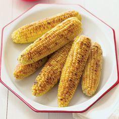 Delicioso elote con chile y limón, ideal para una tarde con amigos, para las fiestas patrias o simplemente para las fiestas infantiles de tus niños.