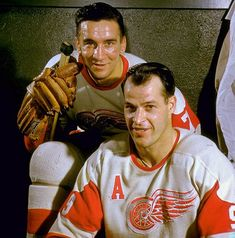 Two of the greatest players to ever lace up the skates for the Detroit Red Wings, Ted Lindsay and Gordie Howe.