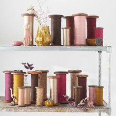 Bobine Marsala / DESUET.FR Marsala, Floating Shelves, Display, Beautiful, Collection, Home Decor, Thread Spools, Brocante, Home