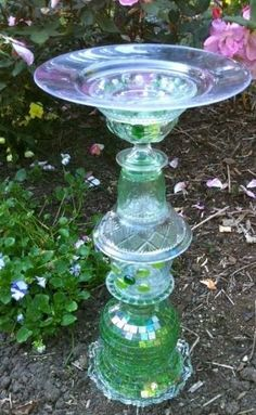 craft ideas for birdbaths | beautiful upcycled birdbath | Craft Ideas