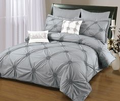Sandra Venditti 6 Piece Duvet Cover Set