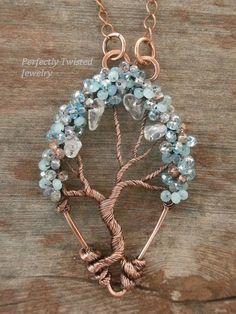 Árbol de la vida aguamarina alambre envuelto por PerfectlyTwisted