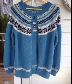 Strikket i Inca fra Rauma Knit Jacket, Sweater Jacket, Fig Leaves, Knits, Knitting, Blouse, Sweaters, How To Make, Jackets