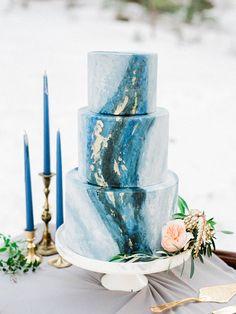 Blue wedding cake   Wedding & Party Ideas   100 Layer Cake
