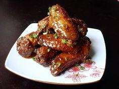 Sweet Chili-Glazed Chicken Wings    http://www.foodpeoplewant.com/sweet-chili-glazed-chicken-wings/