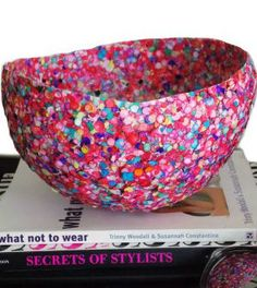 Vaso de bexiga decorado com confetes - Vale o Clique!