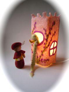 """Tisch-Filz-Lampe.""""Rapunzel"""".gefilzt"""