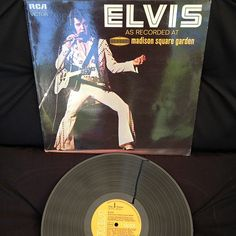 Elvis Presley - As Recorded At Madison Square Garden, RCA Victor, LSP-4776, Germany 1972, Album en Directo, fue certificado como triple disco de platino en 1999.