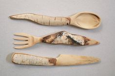 Nice idea for cutlery. Posted by Weird Wood on FB. link https://www.breslo.ro/item/tacamuri-din-lemn-316045