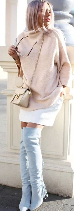 Pastels and White I Carmen Grebenisan Skirt Outfits, Cool Outfits, Street Chic, Street Style, Classy Chic, Online Shopping For Women, Autumn Winter Fashion, Winter Style, Lady