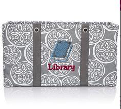 Library love  #largeutilitytote  www.mythirtyone.com/NicoleS31