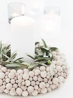Advent wreath ideas and pictures for a fairy-tale Christmas decoration - DIY CHRİSTMAS Noel Christmas, Winter Christmas, Christmas Crafts, Xmas, Simple Christmas, Minimal Christmas, Christmas Candle, Natural Christmas, Christmas Ideas