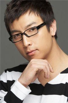 Park Gun hyung ㅣ박건형 Profile