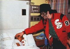 """I don't like to see anybody hurt or suffer, especially children."" -- Michael Jackson - He always loved babies and all children of the world ღ @carlamartinsmj"