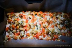 Hej hej! Måste tipsa om en suuuuupergod laxrätt vi åt häromdan. Denna måste ni testa!! Hel laxsida med skaldjur, recept 1 laxsida, ca 1 1/2 kg salt & vitpeppar 300 g champinjoner (gärna …