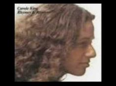 carole king - sometimes i wonder if i'm never gonna make it home again. Kings Home, Carole King, One Hit Wonder, Home Again, Song List, No One Loves Me, Music Icon, Good Music, Audio Books